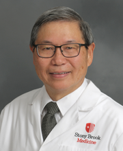 Portrait of Vincent W. Yang, MD, PhD